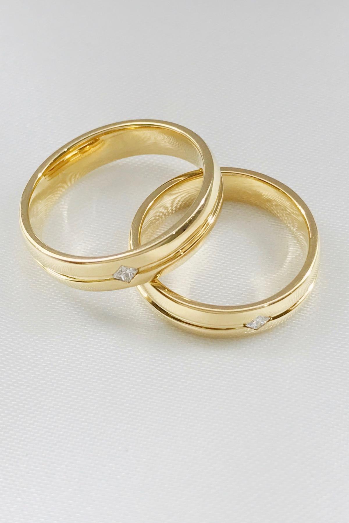 14k Yellow Gold Wedding Rings