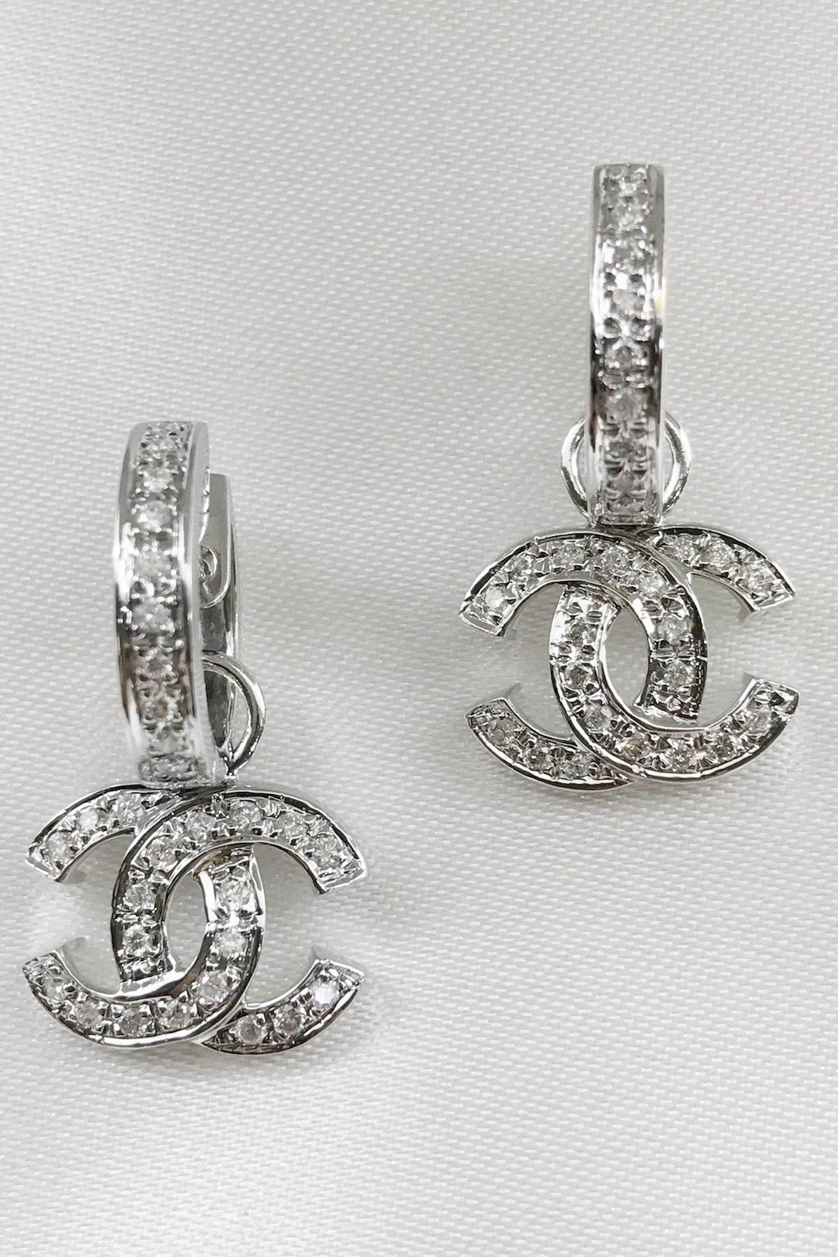 Diamond Earrings set in 14k White Gold