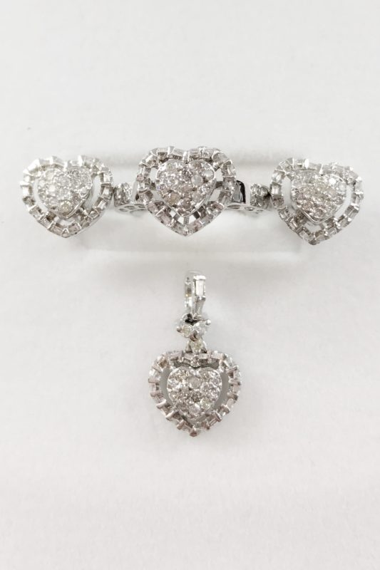 Diamonds set in 14k White Gold