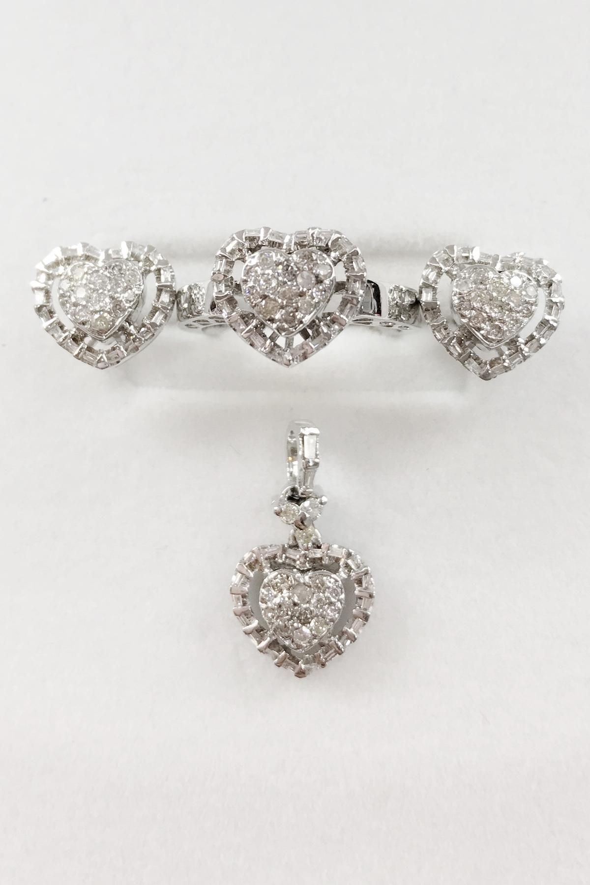 Diamonds set in 14k White Gold
