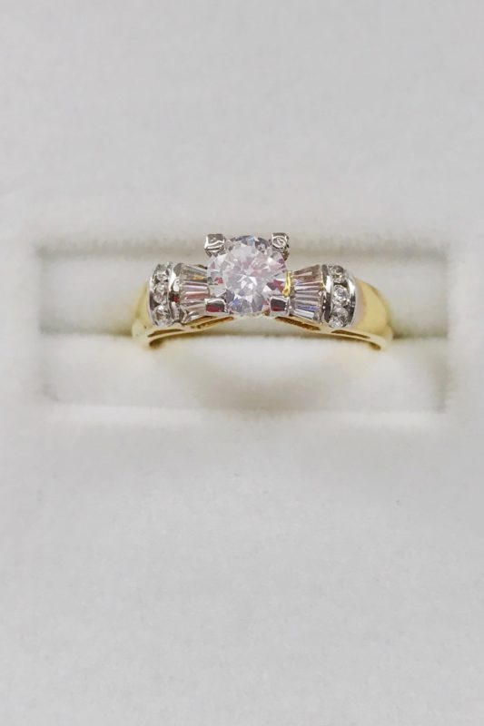 14k Engagement Ring in Cubic zirconia